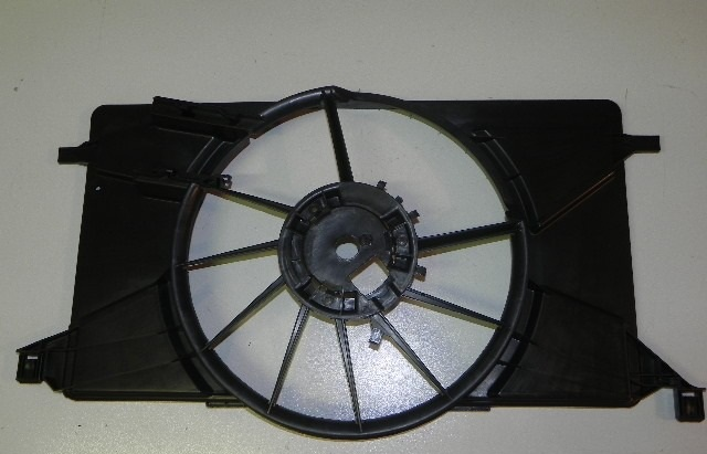 Диффузор радиатора
